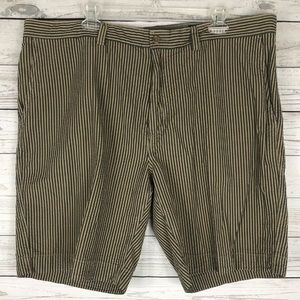 Cremieux Golf/ Athletic Shorts Size 40 Relaxed